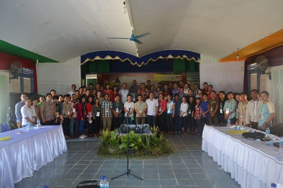 Peserta Workshop Kreatif Pemuda M21 Tentang Air dan Energi