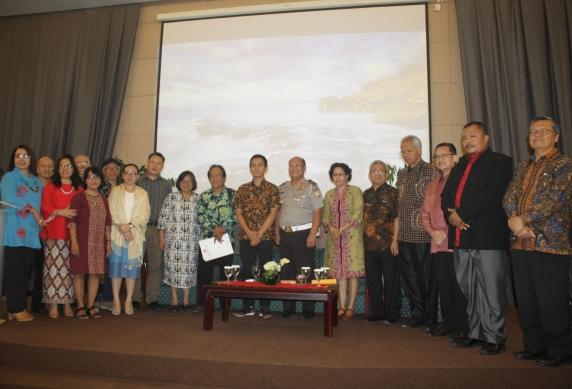 MPH-PGI bersama para nara sumber foto bersama usai diskusi